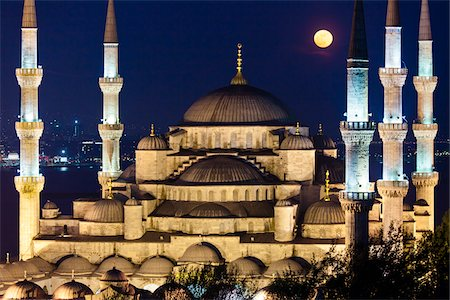 Moon over Blue Mosque, Istanbul, Turkey Stock Photo - Rights-Managed, Code: 700-05609450