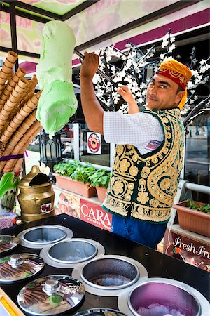 Ice Cream Vendor, Sultanahmet District, Istanbul, Turkey Stock Photo - Rights-Managed, Code: 700-05609478