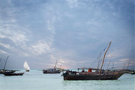 Dhows off Zanzibar Island, Tanzania Stock Photo - Rights-Managed, Code: 700-05609668