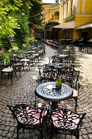 Outdoor Cafe at National Art Gallery, Sofia, Bulgaria Stock Photo - Rights-Managed, Code: 700-05609799