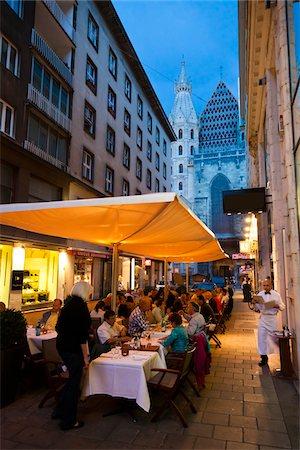 Alfresco Dining, Vienna, Austria Stock Photo - Rights-Managed, Code: 700-05609925