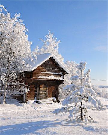 Log Cabin in Winter, Kuusamo, Northern Ostrobothnia, Finland Stock Photo - Rights-Managed, Code: 700-05609979