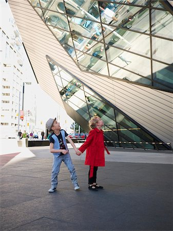 Kids Outside Royal Ontario Museum, Toronto, Ontario, Canada Stock Photo - Rights-Managed, Code: 700-05641847
