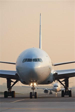 Plane on Tarmac, Toronto, Ontario, Canada Stock Photo - Rights-Managed, Code: 700-05641923
