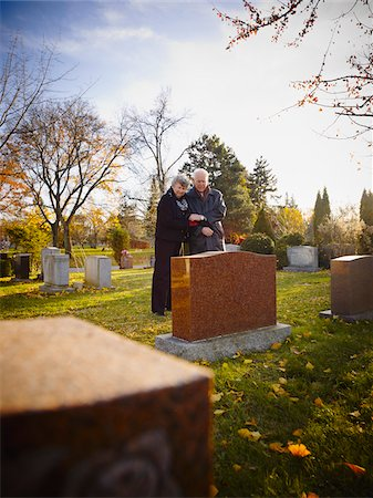 dead woman - Couple Grieving in Cemetery Stock Photo - Rights-Managed, Code: 700-05656529