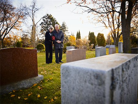 dead woman - Couple Grieving in Cemetery Stock Photo - Rights-Managed, Code: 700-05656530