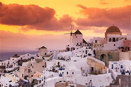View of Oia at Sunset, Santorini Island, Greece Stock Photo - Rights-Managed, Code: 700-05653115