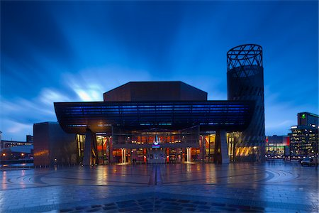 Lowry Arts Centre at Dusk, Salford Quays, Manchester, England Stock Photo - Rights-Managed, Code: 700-05653167