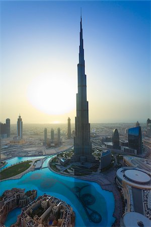 Overview of Dubai at Sunset, Dubai, United Arab Emirates Stock Photo - Rights-Managed, Code: 700-05756151