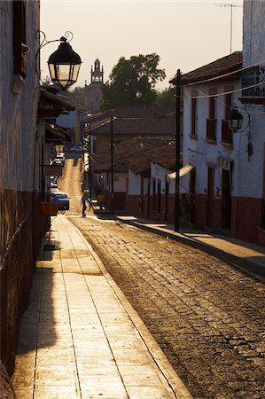 Street in Patzcuaro, Michoacan, Mexico Stock Photo - Rights-Managed, Code: 700-05786103