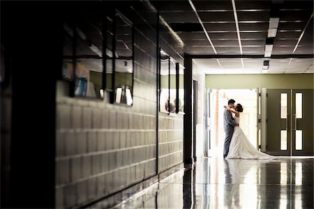 Bride and Groom Kissing Stock Photo - Rights-Managed, Code: 700-05786442