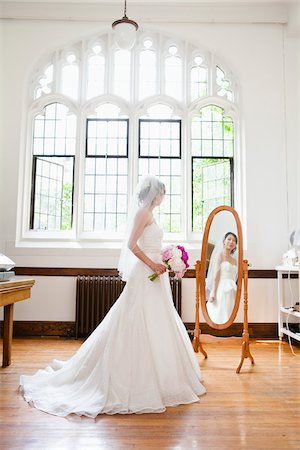 Bride Looking in Mirror Stock Photo - Rights-Managed, Code: 700-05786617
