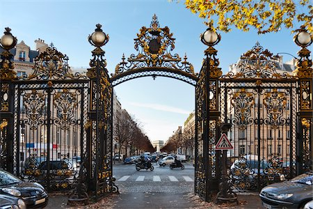 Park Gate and Arc de Triomphe, Paris, France Stock Photo - Rights-Managed, Code: 700-05803138