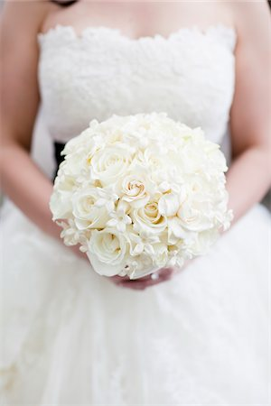 Bride Holding Bouquet Stock Photo - Rights-Managed, Code: 700-05803330