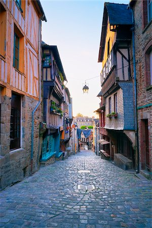 Dinan, Cotes-d'Armor, Bretagne, France Stock Photo - Rights-Managed, Code: 700-05803750