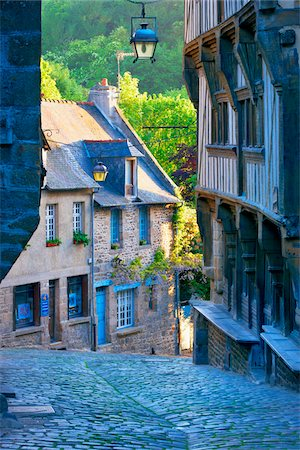 Dinan, Cotes-d'Armor, Bretagne, France Stock Photo - Rights-Managed, Code: 700-05803751