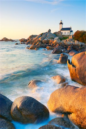 europe - Lighthouse on Rocky Coastline, Brignogan-Plage, Finistere, Bretagne, France Stock Photo - Rights-Managed, Code: 700-05803764