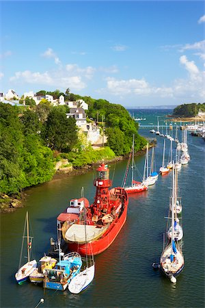 Boats Moored in Harbour, Port Rhu, Douarnenez, Finistere, Bretagne, France Stock Photo - Rights-Managed, Code: 700-05803762