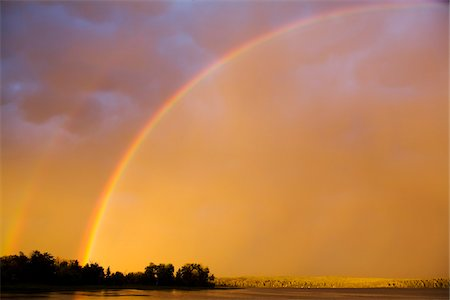 rainbow - Double Rainbow over Lake Stock Photo - Rights-Managed, Code: 700-05810160