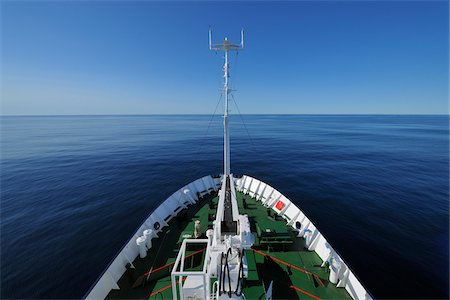 quest - Bow of Expedition Vessel on Greenland Sea, Arctic Stock Photo - Rights-Managed, Code: 700-05837521