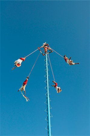 Danza de los Voladores de Papantla, Tulum, Quintana Roo, Mexico Stock Photo - Rights-Managed, Code: 700-05855041