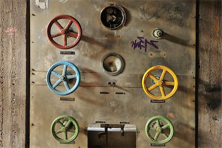 Close-Up of Wheel Levers, Landschaftspark Duisburg Nord, Meiderich Huette, Duisburg, Ruhr Basin, North Rhine Westphalia, Germany Stock Photo - Rights-Managed, Code: 700-05947719
