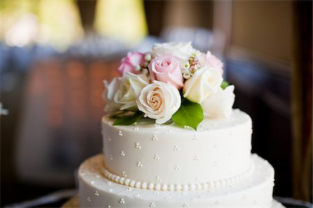 decoration - Roses on Wedding Cake Stock Photo - Rights-Managed, Code: 700-05948017