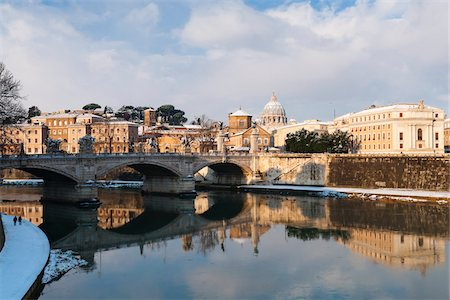 View of Tiber River, Rome, Lazio, Italy Stock Photo - Rights-Managed, Code: 700-05948131