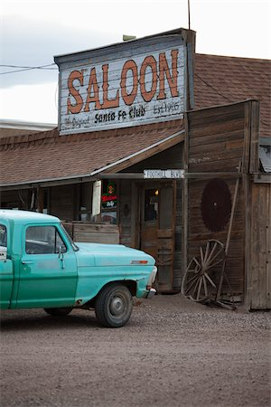 saloon - Saloon and Pickup Truck, Goldfield, Nevada, USA Stock Photo - Rights-Managed, Code: 700-05948222