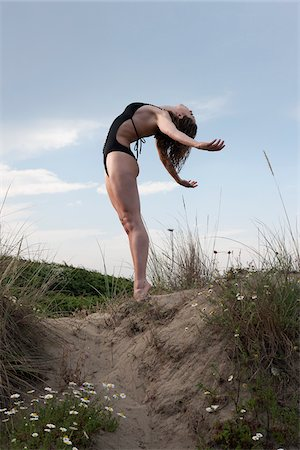 Dancer on Sand Dune Stock Photo - Rights-Managed, Code: 700-05974022