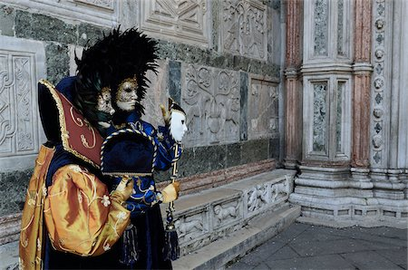 Couple Wearing Costumes During Carnival, Venice, Italy Stock Photo - Rights-Managed, Code: 700-05973326
