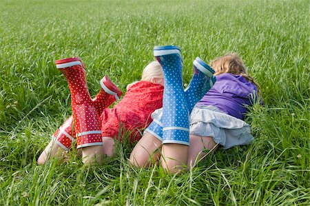polka dot - Two Girls Lying on Grass Stock Photo - Rights-Managed, Code: 700-05973508