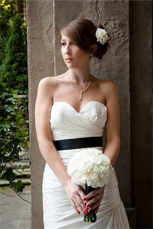 summer - Portrait of Bride Stock Photo - Rights-Managed, Code: 700-05973631
