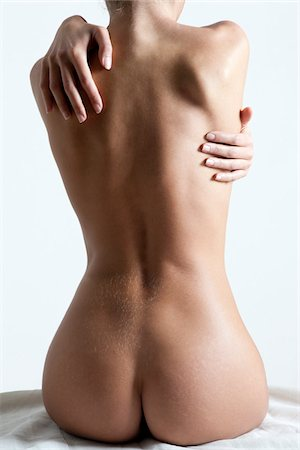 Nude Woman in Studio Stock Photo - Rights-Managed, Code: 700-05973904