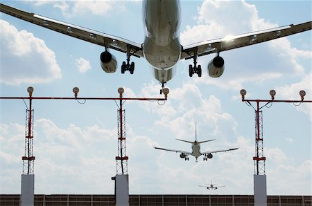 Multiple Exposure of Airplanes Landing at Airport Stock Photo - Rights-Managed, Code: 700-06009102