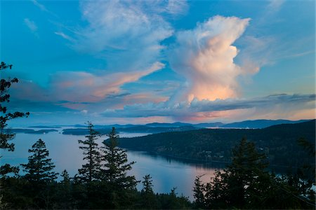 scenic and spring (season) - Clouds at Sunset from Reginald Hill, Salt Spring Island, British Columbia, Canada Stock Photo - Rights-Managed, Code: 700-06009115
