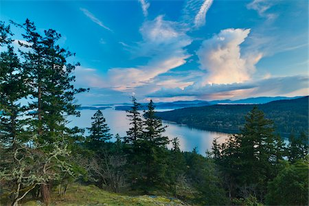 scenic and spring (season) - Clouds at Sunset from Reginald Hill, Salt Spring Island, British Columbia, Canada Stock Photo - Rights-Managed, Code: 700-06009112