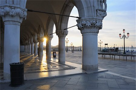 Doge's Palace at Dawn, Venice, Veneto, Italy Stock Photo - Rights-Managed, Code: 700-06009347