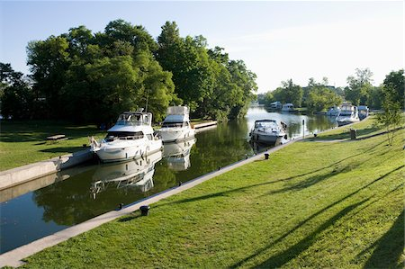 Bobcaygeon, Trent-Severn Waterway, Ontario, Canada Stock Photo - Rights-Managed, Code: 700-06037914