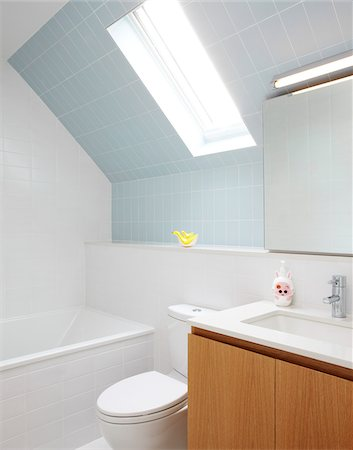 Bathroom Stock Photo - Rights-Managed, Code: 700-06038233