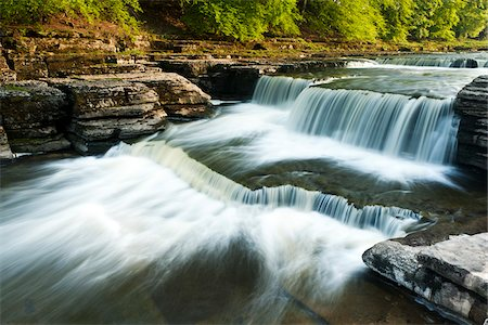flowing - Aysgarth Falls, Yorkshire Dales National Park, Yorkshire, England Stock Photo - Rights-Managed, Code: 700-06059803