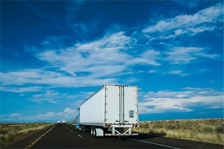 rear - Tractor Trailer Truck on I-40, near Flagstaff, Arizona, USA Stock Photo - Rights-Managed, Code: 700-06144816