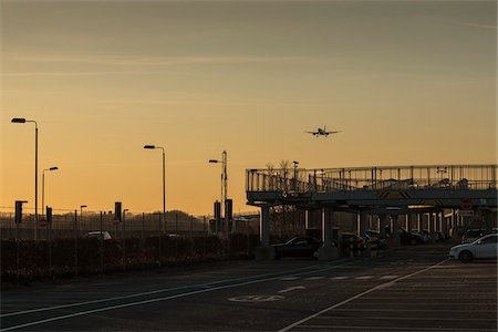 Plane Landing at Heathrow Airport, London, UK Stock Photo - Rights-Managed, Code: 700-06334448