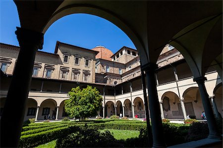Cloister of Basilica di San Lorenzo, Florence, Tuscany, Italy Stock Photo - Rights-Managed, Code: 700-06334718