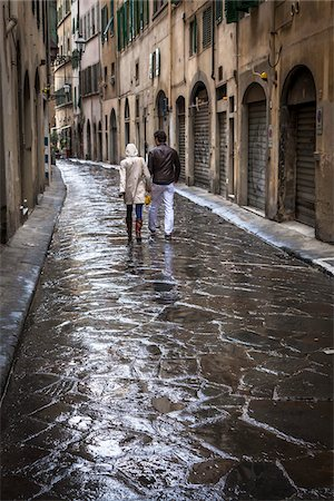 Couple Walking, Florence, Tuscany, Italy Stock Photo - Rights-Managed, Code: 700-06334754