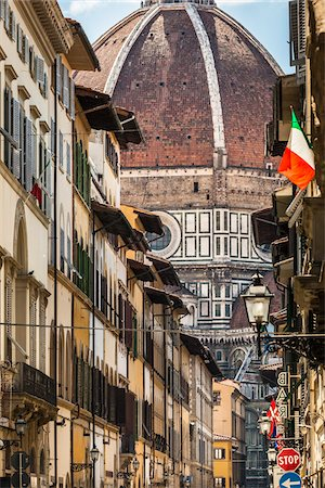 Basilica di Santa Maria del Fiore, Florence, Tuscany, Italy Stock Photo - Rights-Managed, Code: 700-06334764