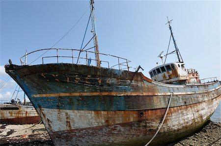 Old Boat on Shore, Camaret-sur-Mer, Bretagne, France Stock Photo - Rights-Managed, Code: 700-06355102