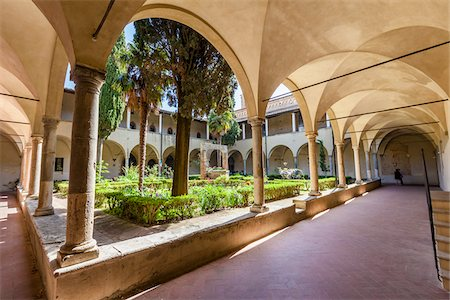 Cloister of Sant'Agostino Church, San Gimignano, Siena Province, Tuscany, Italy Stock Photo - Rights-Managed, Code: 700-06367909