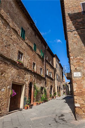 Laneway, Pienza, Val d'Orcia, Siena Province, Tuscany, Italy Stock Photo - Rights-Managed, Code: 700-06367958