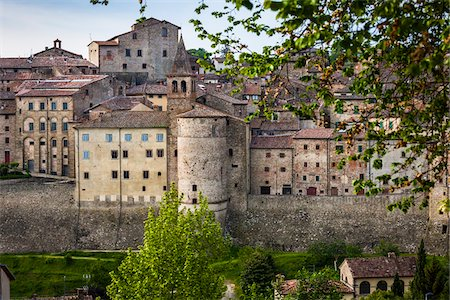 Town and City Walls, Anghiari, Tuscany, Italy Stock Photo - Rights-Managed, Code: 700-06367997